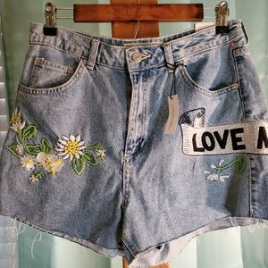 Topshop Shorts - NWT Topshop Embroidered Mom Jeans